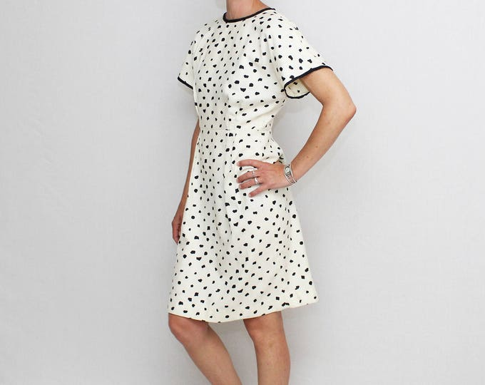 Vintage 1960s Black and White Dot Linen Dress - Size Small