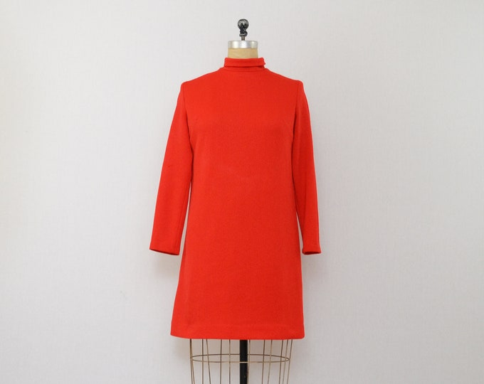 Vintage 1960s Mod Red Shift Dress - Size Medium