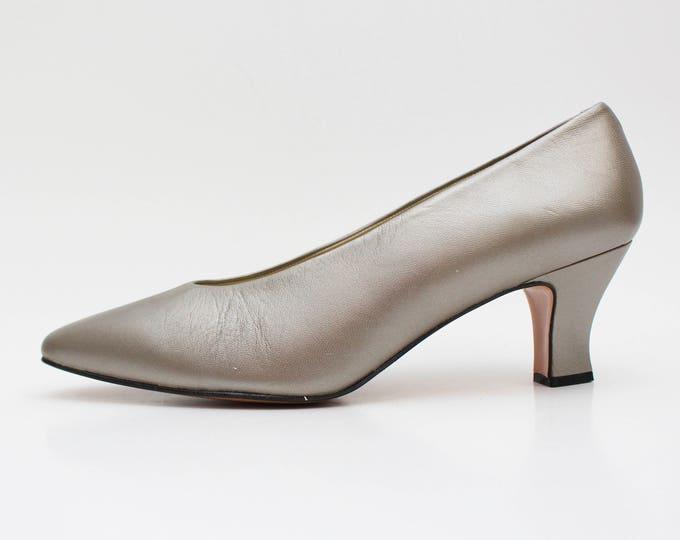 Pewter High Heel Shoes - Size 9 Unworn Metallic Pumps - Vintage 1980s Almond Toe Ladies Shoes by Bandolino