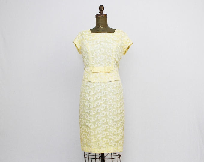 """50s Yellow Shift Dress - Vintage 1950s Party Dress - Size Large 38"""" Waist - Embroidered Cocktail Dress"""