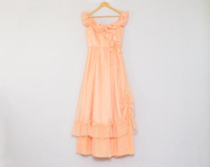 Vintage Peach Ruffle Boho Maxi Dress - Size Small