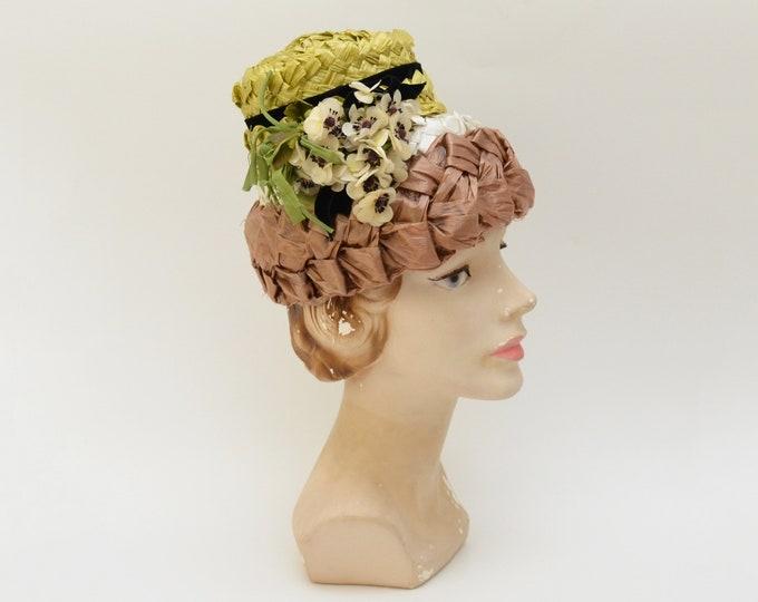 Vintage 1950s Woven Raffia Straw Floral Bucket Hat
