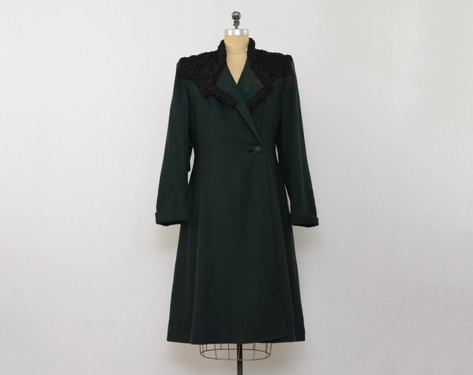 ON LAYAWAY 40s Forest Green Peacoat - Size Small Vintage 1940s Persian Lambswool Collar Coat