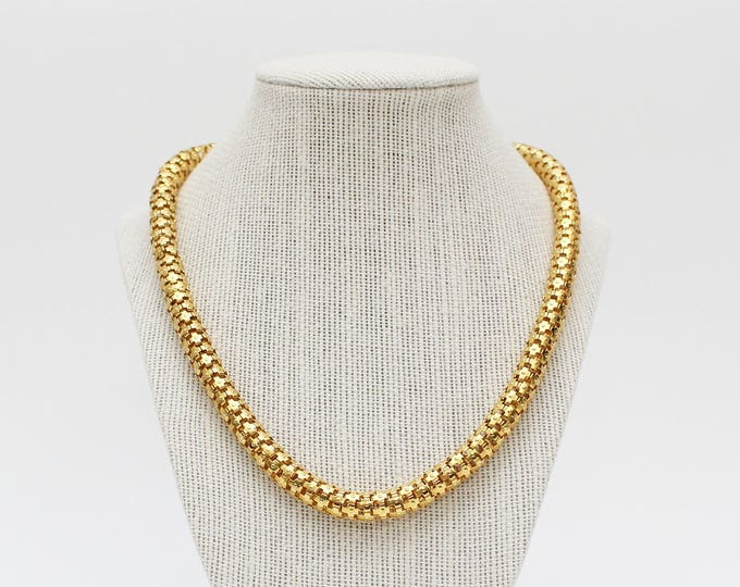 Vintage 1970s Gold Snake Chain Necklace - 19 Inches