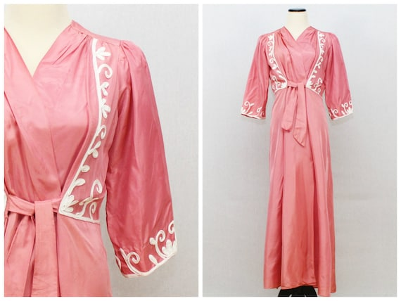 1940s Pink Dressing Gown - Vintage 1940s Coral Emb