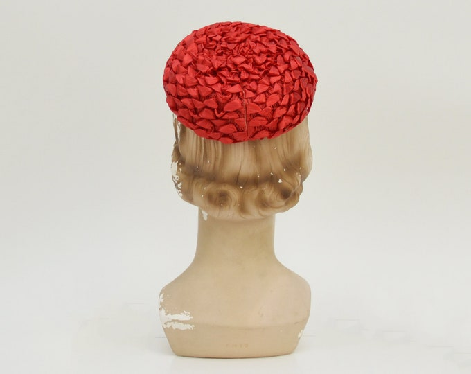 Vintage 1940s Red Woven Pillbox Hat
