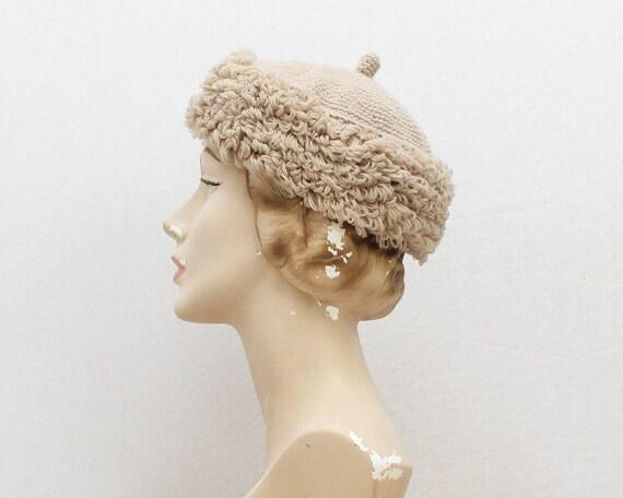 Beige Knit Wool Hat - Vintage 1960s Italian Yarn H