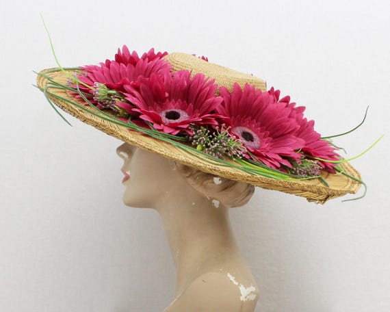 Wide Brim Flower Hat - Vintage 1970s Straw Floral