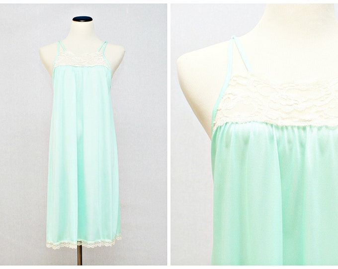 Mint Green Lace Trim Night Dress - Vintage 1980s Pastel Green Baby Doll Slip Nightie