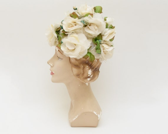 White Flower Bucket Hat - Vintage 1950s White Part