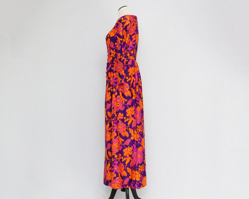 Size Medium Vintage 1970s Hostess Dress Hawaiian Floral Maxi Dress