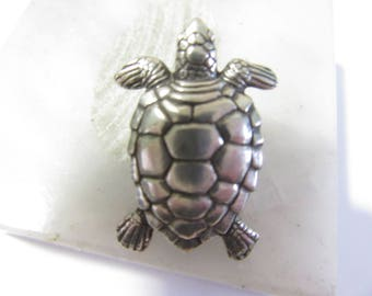 Fashion Turtle Pin Detailed Signed Danforth Pewter 1993 Lapel Tie Tack  Great Gift