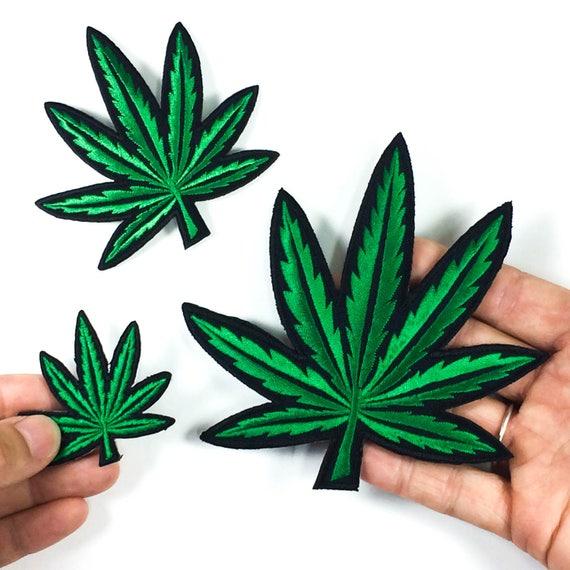 WEED CANNABIS POT Marijuana Feuille Applique Patch-fond Noir Iron on