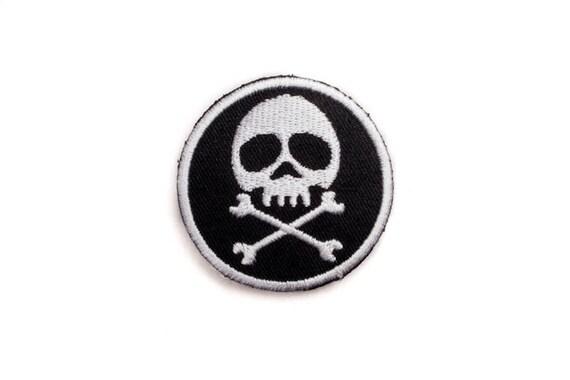 pirate flag skull patch iron on badge skull round badge etsy