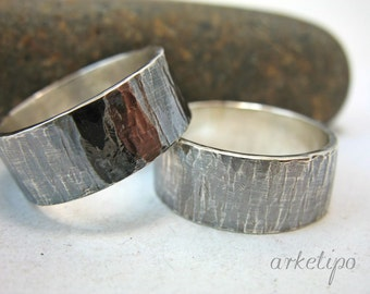 Couples Ring - Wedding Ring Set - Set of two Sterling Silver Rings - Handmade - Hammered