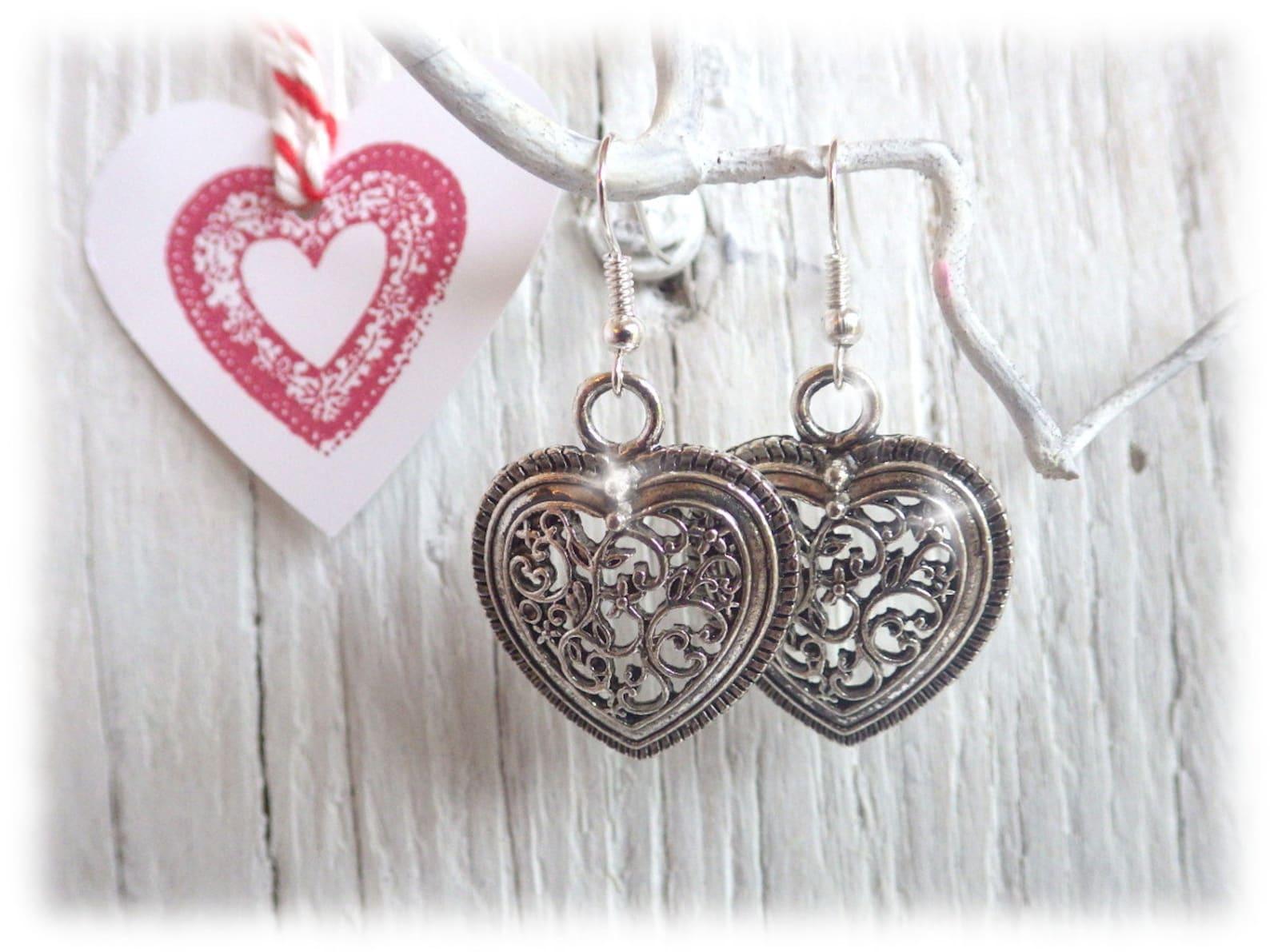 Folk heart - earrings with filigree silver heart pendant german dirndl