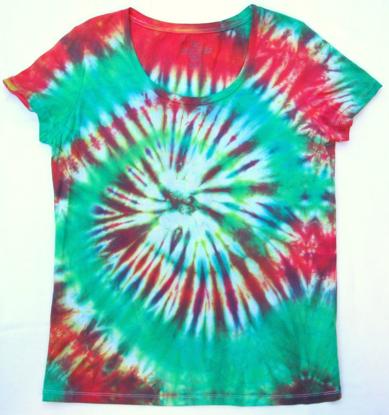 a7a1d019d23f5 Tie Dye Shirt, Red and Green Spiral Design, Womens Size Large (12-14)
