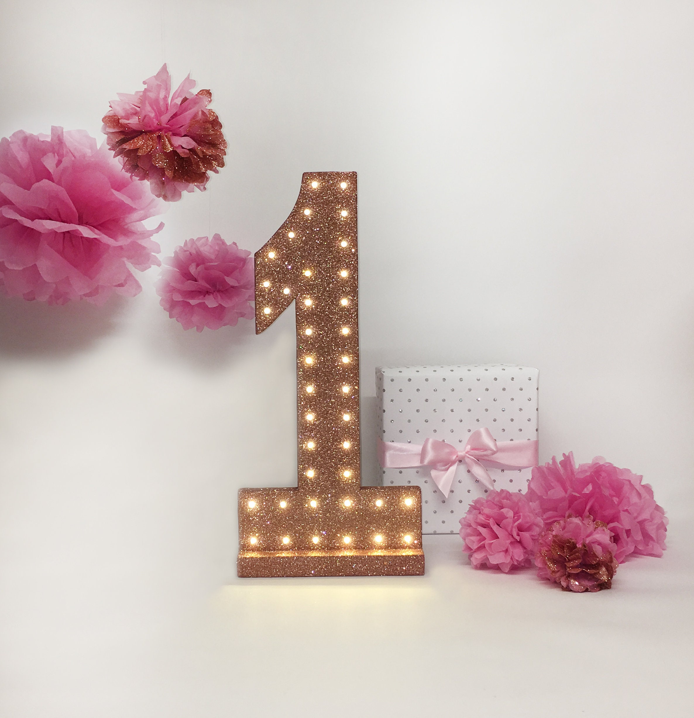 Deco Rose Fushia Salon 1st birthday party decor, rose gold 20inch number, light up number, girls  birthday party decoration, table centrepiece, self standing number