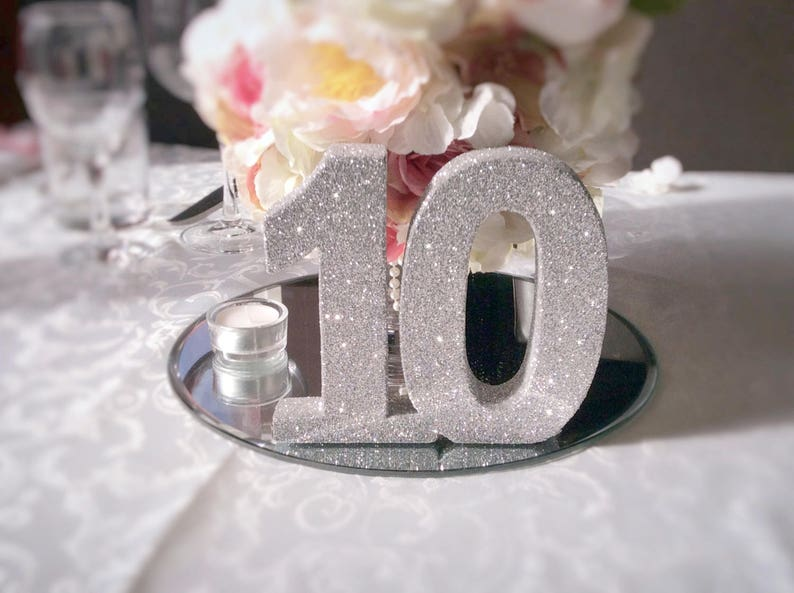 Birthday party decoration Birthday gift Luxury party Freestanding wooden number Birthday Party Anniversary Glitter table numbers
