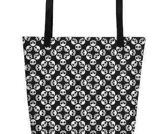 Black & White Skull Pattern Beach Bag