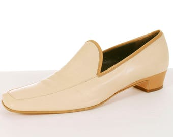 c353459cd Vintage Hugo Boss Beige Leather Loafers Women s Shoes Size 9 Made in Italy