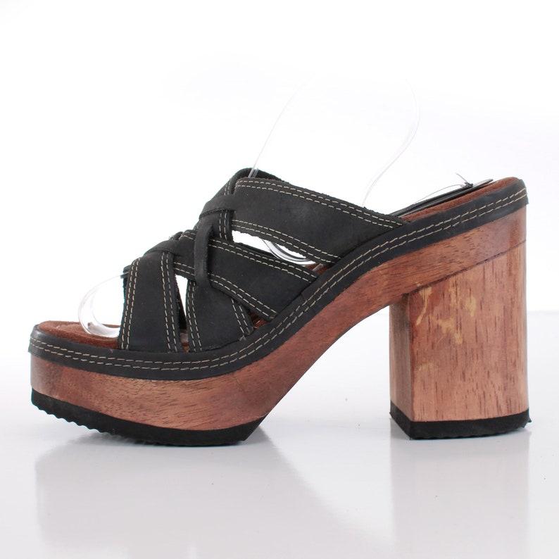 7fe1455fba3 Vintage Platform Wood Block Heel Leather Sandals Candies Size 9 USA
