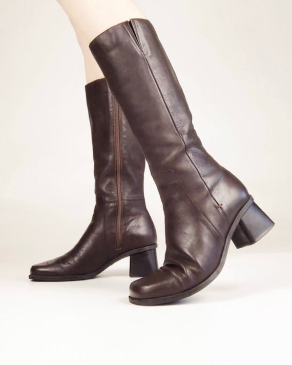 90s Tall Brown Leather Chunky Block Heel Boots Mad