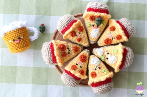 Crochet Burger pattern by Janine Tsakisiris | Crochet food ... | 378x570