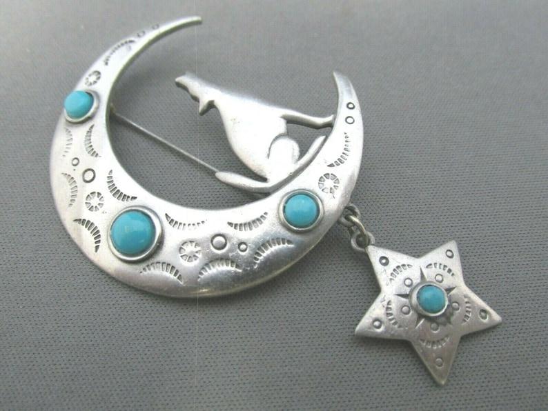 Vintage JJ Jonette Jewelry 1988 Howling Desert Coyote Wolf Dog Moon Dangle Star Faux Turquoise Brooch Pin Southwestern Style Brooch,Pics
