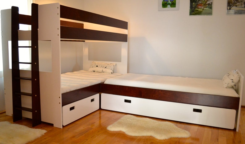 L-Shaped bunk bed combination image 0