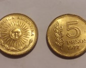 Two 5 Pesos 1977 Coins Republica Argentina - Collection - Jewelry - Free Shipping