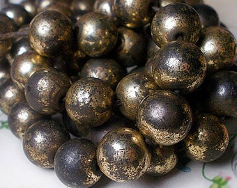 Rustic Vintage Metal Beads - 12 Silver TOne Round Beads - Oxizided Metal Beads - 10mm Bead Harvest - Tarnished Contrast Dark, Shiny  Patina