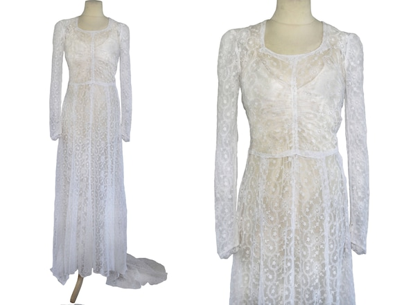 Late 1930s Embroidered Net Long Sleeved Wedding Dr