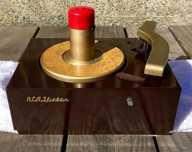 1949 RCA 45rpm 9JY Record Player, Full Restoration, Restored 1951 Airline  AM-FM Radio Option