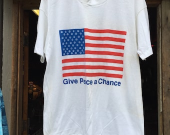 Vintage 1970s/80s Give Peace A Chance American Flag T Shirt size XL