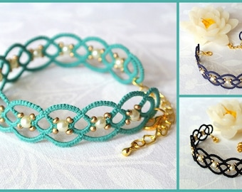 Beaded lace bracelet | tatted lace bracelet made in Italy | tatting jewelry | fiber jewelry |frivolité