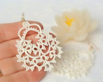 Bridal tatted ivory lace earrings | Made in Italy | beaded earrings | wedding jewelry | bridesmaid gift | Made to order | choose your finish