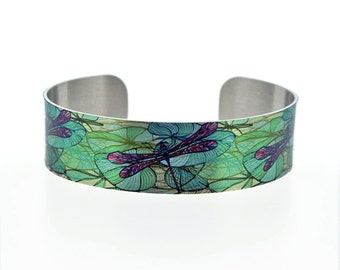Dragonfly cuff bracelet, personalised metal bangle with dragonflies, insect jewellery gifts. (101)