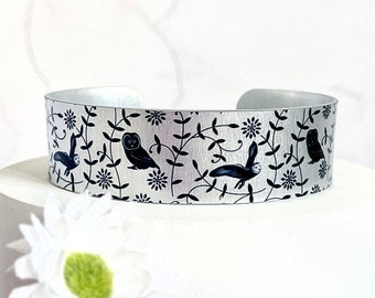 Owl cuff bracelet, metal bangle with owls. Personalised jewellery gifts for women. (478)