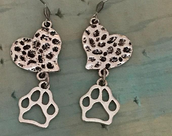 Hammered heart paw print earrings from rainbow bridge memorial jewelry- Christmas gift