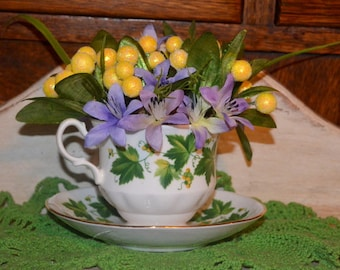 Lovely Vintage Tea Cup Spring Bouquet
