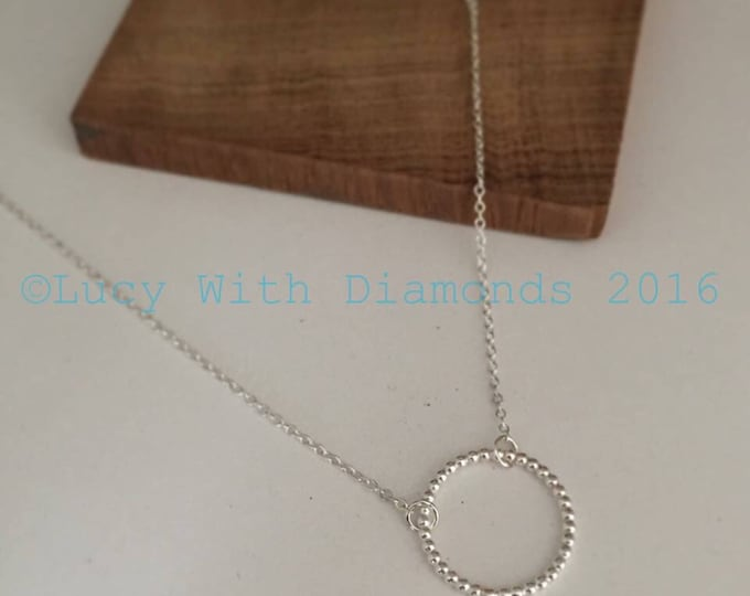 Beaded circle necklace in sterling silver