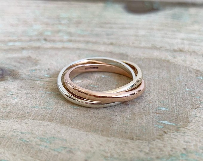 Russian wedding ring in 3 colour gold 9ct yellow, white and rose gold