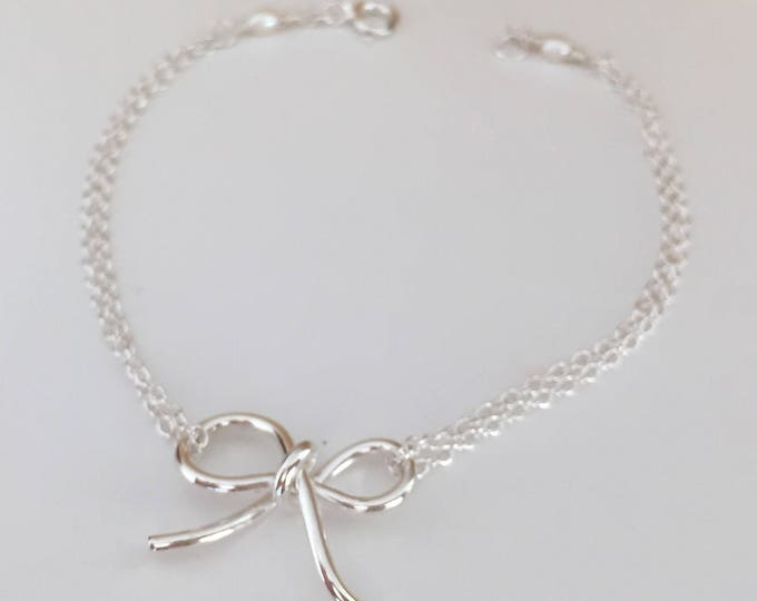 Bow bracelet in sterling silver