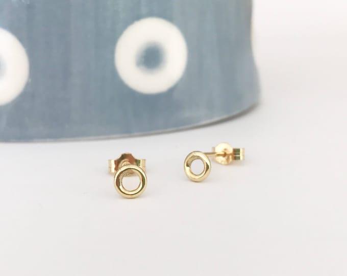 9ct yellow gold circle stud earrings dainty gold earrings