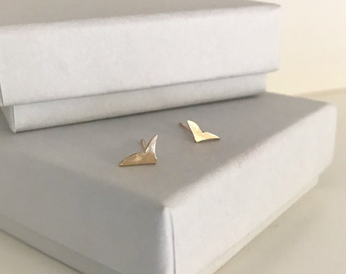 Little bird studs in 9ct yellow gold