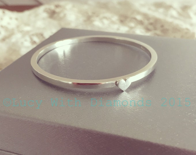 Childs silver heart bangle