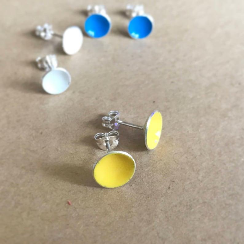 Enamel colour circle stud earrings in sterling silver