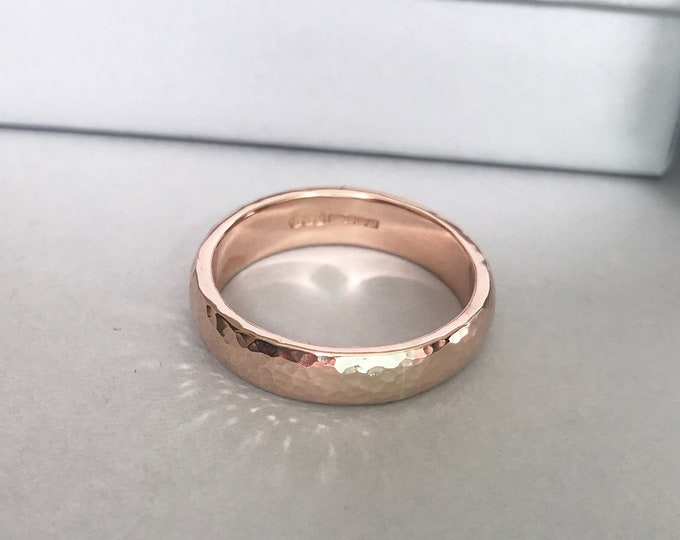 9ct Rose Solid Gold Hammered Finish 4mm Personalised Ring Wedding Ring