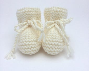 Cream Knit Baby Booties Unisex Gender Neutral Shower Gift Pregnancy Reveal Announcement Merino Wool Knitted Shoes Newborn